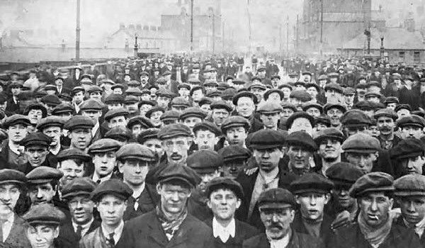 trabajadores industriales