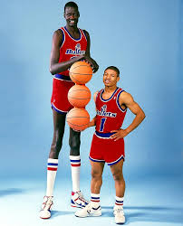 Tyrone Bogues foto 1