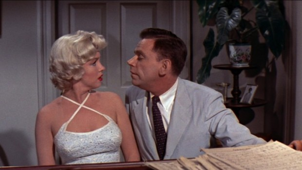 0large_seven_year_itch_blu-ray_x02-620x350