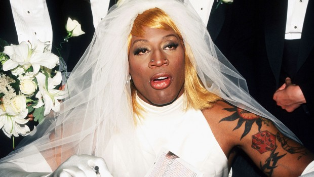 1996-0821-Dennis-Rodman-wedding-dress