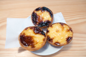 """""""Manteigaria pastel de nata"""" by Kent Wang is licensed under CC BY-SA 2.0"""